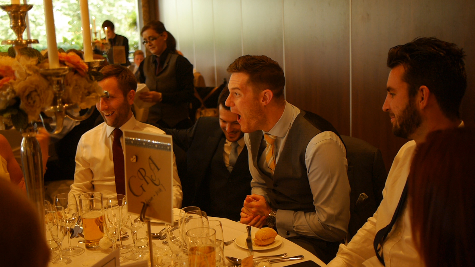 Manchester Corporate Entertainment mind reader magician at a table