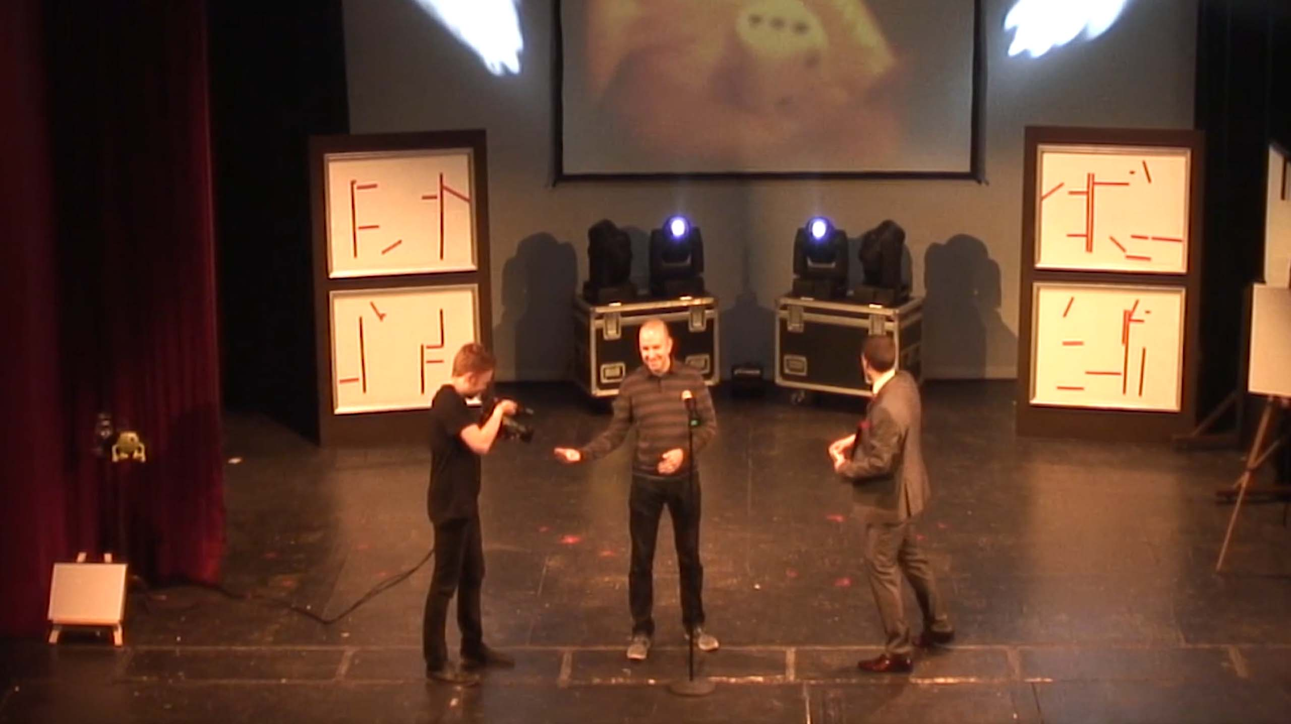MIND GAMES theatre - Aaron guesses the number on the dice